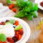 Salade cerises et burrata